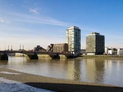 020310 Derwent London Riverwalk 043