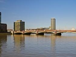 020310 Derwent London Riverwalk 069