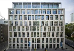 110902 Eric Parry 30 Finsbury square pan 2