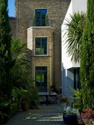 120929 Marks Barfield House 101