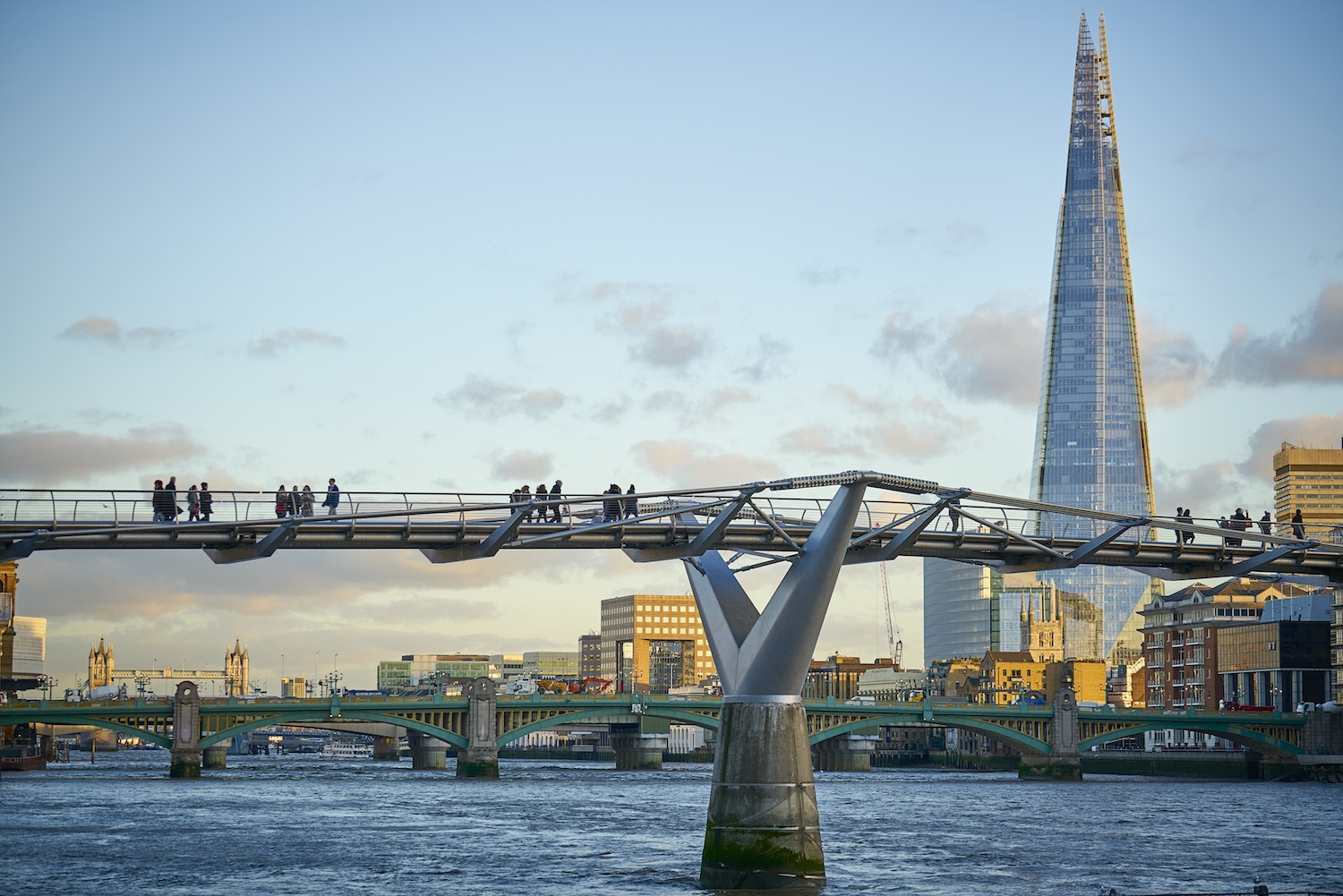 Timothy soar renzo piano building workshop london for Architecte tower bridge